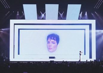 Halsey 'Manic' World Tour
